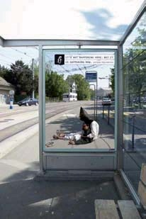 Campagne d'Amnesty International, Suisse, 2006 It's not happening here but it is happening now