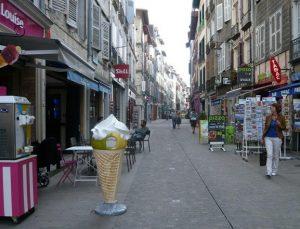 La rue d'Espagne à Bayonne